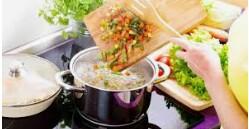 Cooks – Expediter – Host/Server (DEBARY)