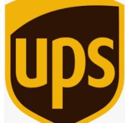Extremely busy UPS Store (Hallandale Beach)