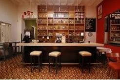 Se necesitan muchachas para bar cafeteria (Hialeah)