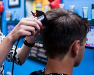 LADY JANE'S HAIRCUTS FOR MEN!!SIGN ON BONUS!!! STYLISTS WANTED! (WINTER PARK/OVIEDO)