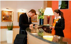 HOTEL SEEKING FRONT DESK / FLORIDA CITY / HOMESTEAD (FLORIDA CITY)