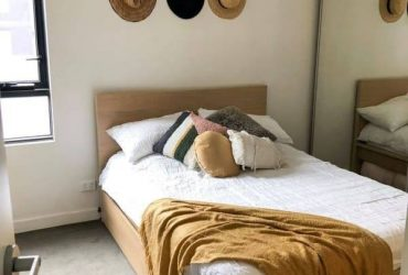 $320 $320 200ft2 – Private Bedroom (south florida > miami)