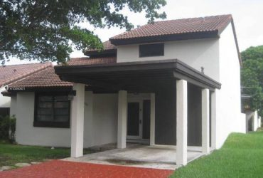 $2400 / 3br – 1952ft2 – GREAT 3 BED 3 BATH HOME – KENDALL – 2 STORY – POOL – PETS OK – EZ !!!! (MIAMI – DADELAND / EAST KENDALL)