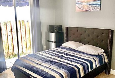 $800 PRIVATE FURNISHED ROOM WEST KENDALL FOR RENT $850 (Miller and 162 AVE)