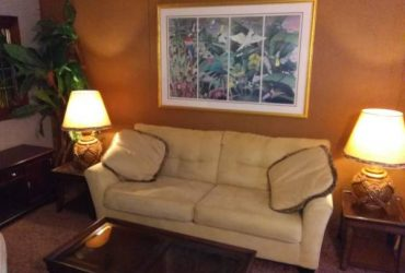 $850 Furnished 1 bedroom 1 bath all utilities included (East Orlando , airport area)
