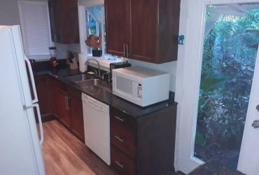 $1300 / 1br – Monthly Rental with Everything Included (Fort Lauderdale)