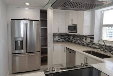 $1975 / 2br – 1192ft2 – No one has lived in since. New to rental market. Beautiful, beautiful. (South Palm Beach, FL)