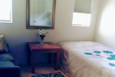 $650 / 300ft2 – Beautiful furnished bedroom own bathroom (Sunrise Florida)