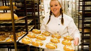 BAKERS WANTED !!
