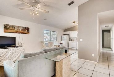 $600 Nice Room in Beautiful House in Winter Park
