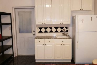 $900 Efficiency for rent (MIRAMAR)