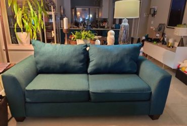 "Comfortable large 80"" loveseat 1 year old (Margate)"