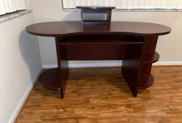 Mahogany Desk (Coral Springs)
