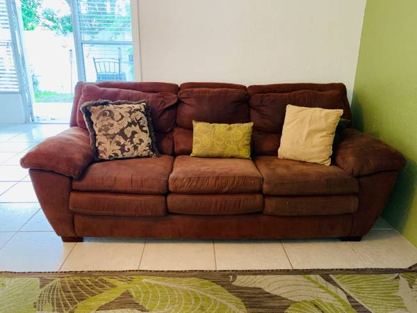 Free Microfiber Sofa with throw pillows (Belleair Bluffs)
