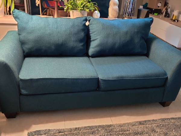 """Comfortable large 80"""" loveseat 1 year old (Margate)"""