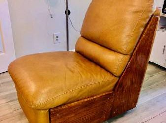 Free Leather chair (Jupiter)
