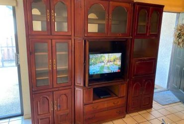 Wall Unit – 8' x 7' – FREE –  9/29 ONLY (Coral Springs)