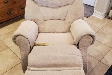 Fabric Recliner (Wesley Chapel)