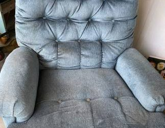 Free chair recliner (Holiday)