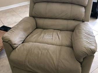 Recliner leather chairs & Fulton (Orlando)