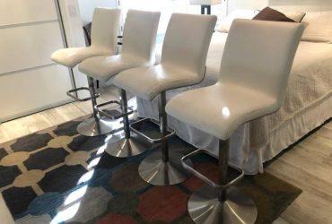 Free bar stools – set of 4 (Weston)