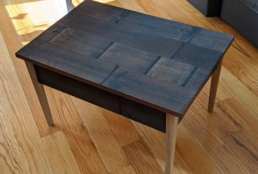 Free side table / coffee table (Miami)