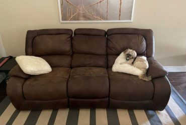 Free sofa and love seat (Hunters creek)