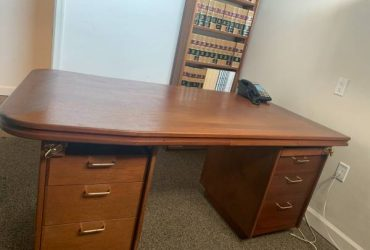 Wood Desk with drawers and credenza (Miami Beach)