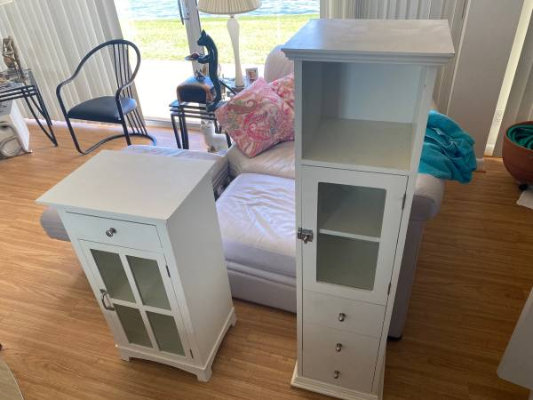 Cabinets free (Clearwater/Sand Key)