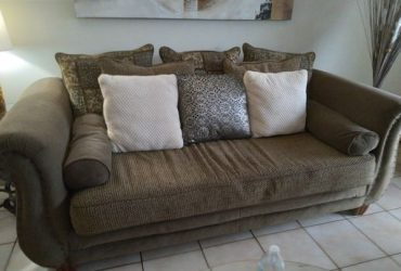 Sofa and loveseat Free. Must pick up asap. (Miami)