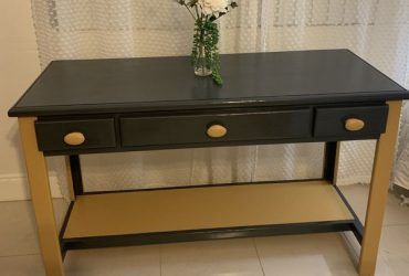 Desk or entryway or entry console (Fort Lauderdale)
