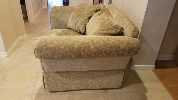 Large Chair (Miami Springs)