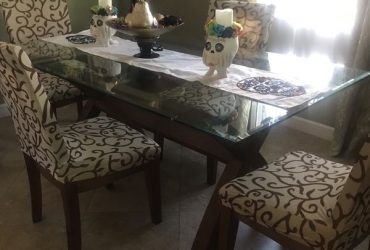 Dining Table with Four Chairs (Miramar)