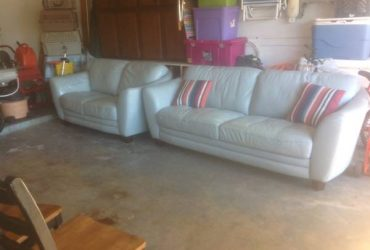 LEATHER SECTIONAL FREE (SEMINOLE)