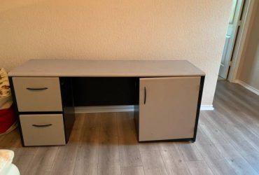 Desk FREE (Cyress)