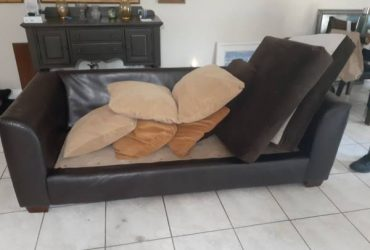 Good condition couch (Coral Springs)
