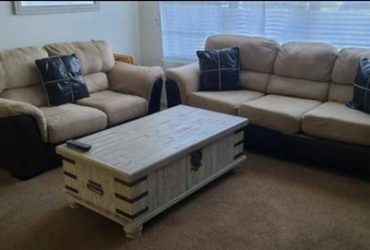 Free Couch and loveseat (KISSIMMEE)
