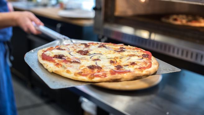 Pizzeria Banchero- Pizza Maker Needed (MIAMI BEACH)