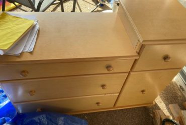 Changing table, good shape, free (Sandal foot)