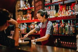 Se busca Server / Bartender / Dishwasher (MIAMI BEACH)