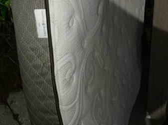 Free queen mattress and boxsprings (Curry Ford)