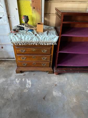 Moving Out FREE Stuff (Lake Worth)