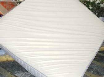 FREE king size mattress (ORLANDO)