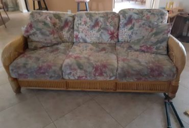 Wicker Sofa & Chair (Land O Lakes)