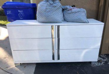Dresser,kid clothes && TOYS (Boca Raton)