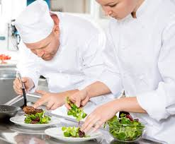 SERVERS AND LINE COOK NEEDED (SOUTH BEACH)