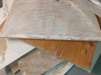 3/3 plywood, approx 3*4 feet (Houston)