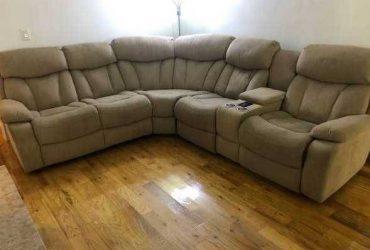 Free old sectional sofa (Houston)