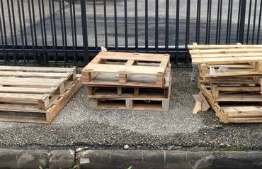 Wood Pallets Free (Bellaire)