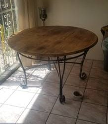 Wood breakfast table (Westchester)